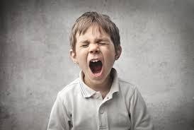 Что делать, если ваш ребенок ведет себя агрессивно?